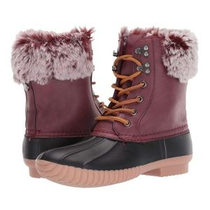 Report Ursela Snow Boot Size 7
